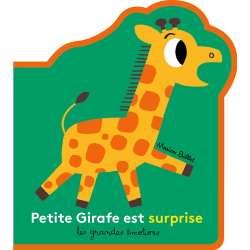 Petite Girafe est surprise