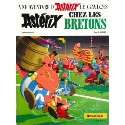 Astérix - Tome 8 - Astérix chez les Bretons